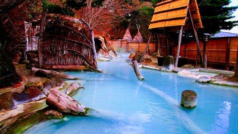 最高のリラックス。秋に注目を集めた日本全国人気「温泉」ランキング