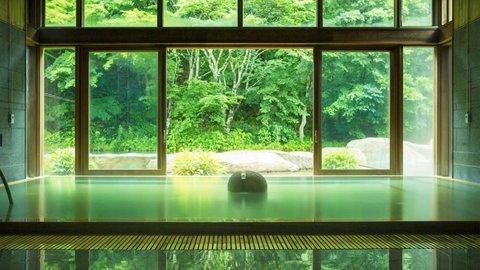新宿からすぐの穴場や絶景も。日本全国の人気「日帰り温泉」ランキング【2020最新】