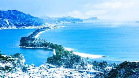 海を望む天然温泉に、白く染まる絶景も。冬の「京都」おすすめスポット6選