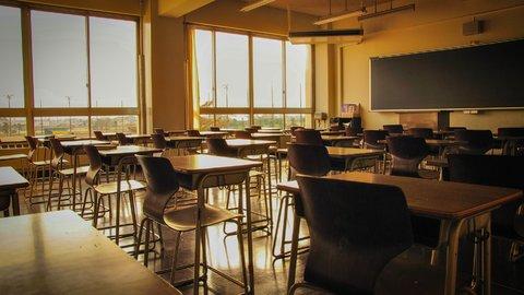 冬の教室、ガスストーブの前で。女子高生だった私の3年間の恋が終わった