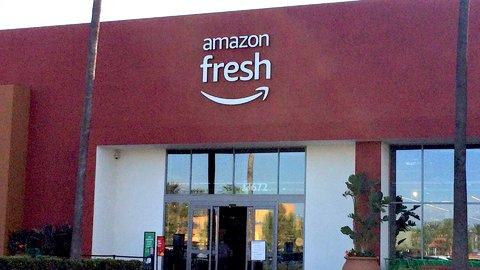 レジに並ぶのは時代遅れなのか?未来を牽引するアメリカの最新スーパーマーケット