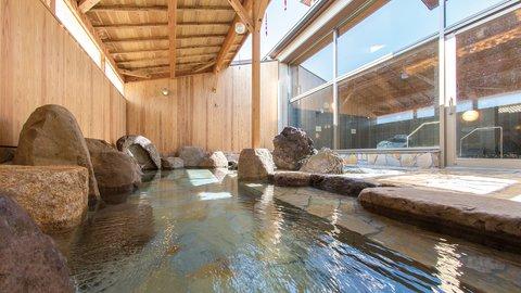 実は温泉の宝庫。鳥取県のまだ知られていない「美肌の秘訣の湯」3選