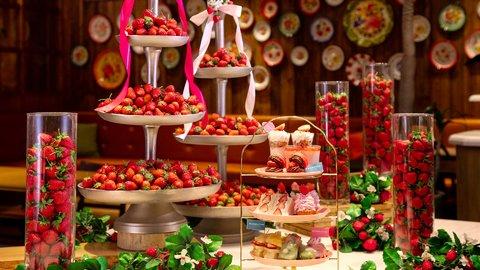 コスパ最高の1,980円!イチゴ好きにはたまらない「ストロベリーアフタヌーンティー」開催