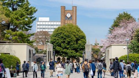 実は、日本は特殊だった?9月入学が当たり前の世界の「入学式」