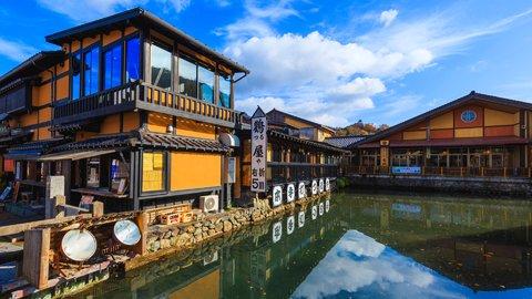 江戸の古き良き趣を感じる絶景散歩。西日本の美しき「城下町」9選