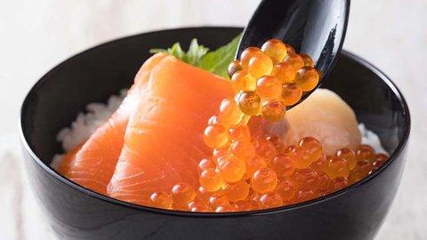 ズワイガニも食べ放題!美食尽くしの贅沢「北海道ブッフェ」が横浜で開催中