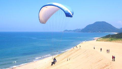 絶景の中で体を動かす!「鳥取砂丘」で楽しむアクティビティ5選