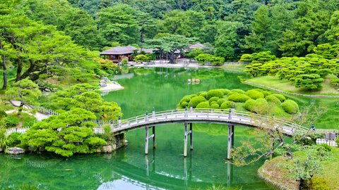重要文化財に国の名勝も。絶景を楽しめる全国「人気の公園」ランキング