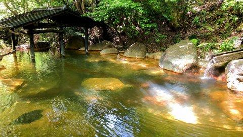 まるで昔話の美しい里山のよう。泉質豊富な熊本「黒川温泉」を訪ねる