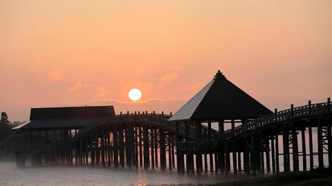 ギネス世界一に認定された橋も。昔懐かしい日本全国の「木造橋」5選