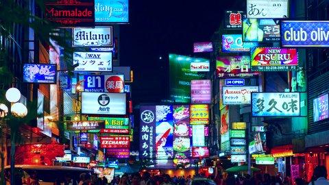 「小手」「ペラペラ」が下品な意味に…海外で日本人が言っちゃいそうな「NG」ワード