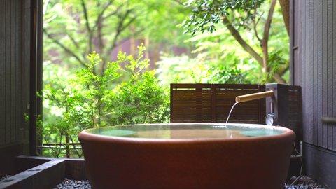 お部屋で食事も温泉も。コロナ禍で人気を集めた「温泉宿」ランキング【2020】