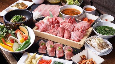 高級焼肉食べ放題4,378円〜!極上肉がそろうコスパ最高の焼肉店が爆誕