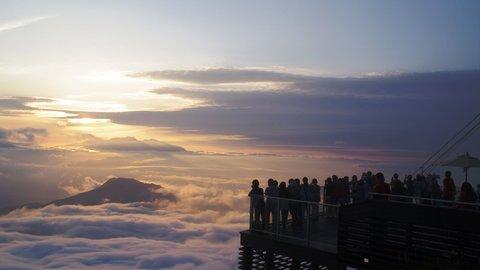 天国のような絶景の雲海に出会える。ドーム型グランピングが新オープン