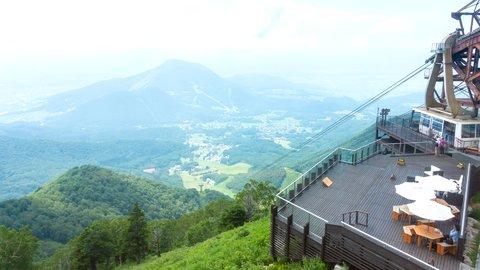 空に一番近い絶景スポット。涼を感じる関東近郊の「天空テラス」5選