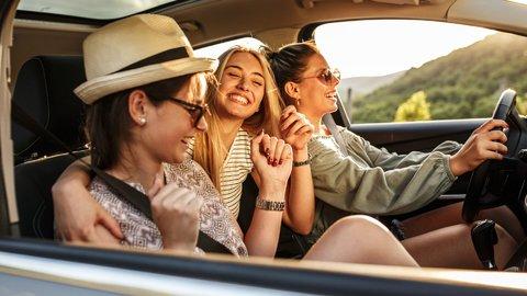 若者の車離れはアメリカでも。ティーンたちが免許を欲しがらないのはナゼ?